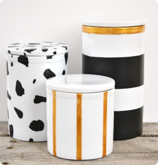 DIY  Home Decor ~ Kate Spade Inspired Black and Gold Painted Canisters