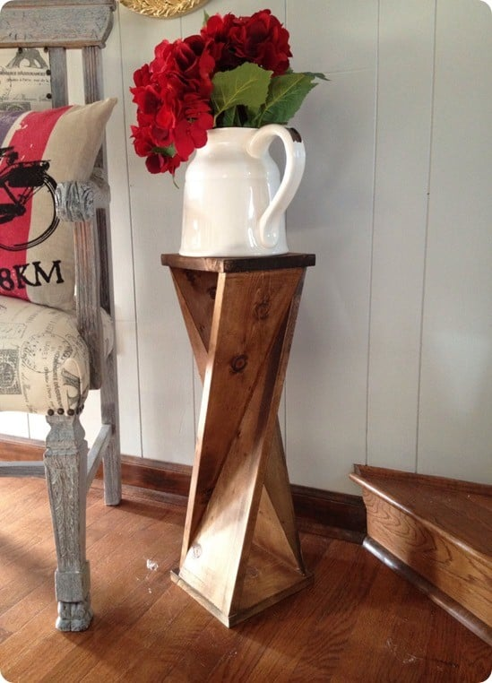 Wood Projects ~ Make this DIY twisted wood side table for around $6. It only takes a couple of hours to build!