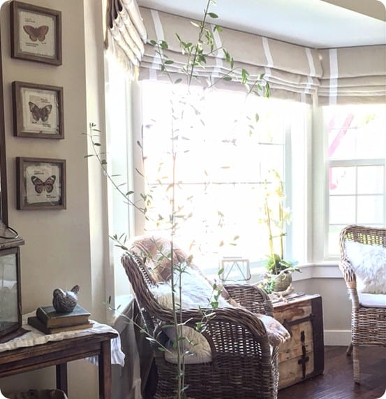 Pottery Barn Knock Off Roman Shades ~ This tutorial shows how to make your own cordless Roman shades just like Pottery Barn's. You can customize the size to fit your windows, and the design allows for easy washing!
