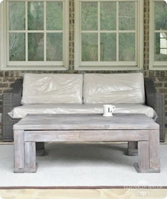 Restoration Hardware Knock Off Outdoor Coffee Table ~ Build this $1,395 table for less than $100!