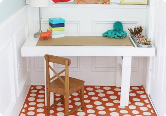 Wood Projects ~ Pottery Barn Kids Inspired Art Table with Free Building Plans