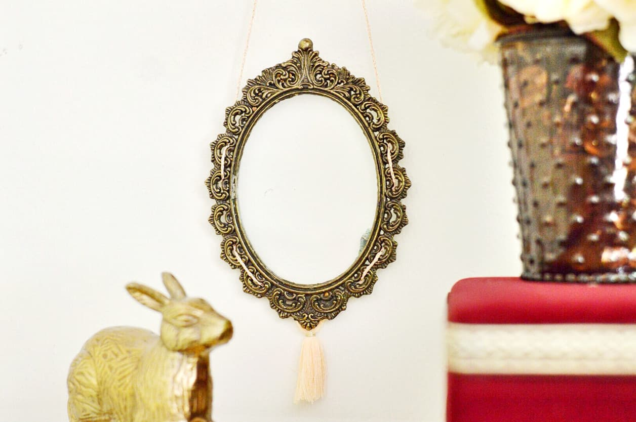 How to Make Your Own Anthropologie Gold Frame