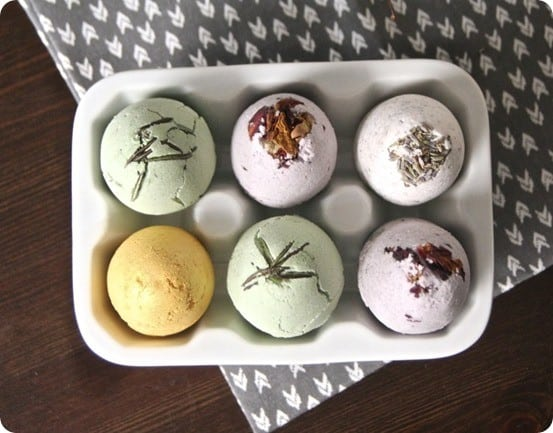Give The Gift Of Relaxation With Diy Bath Bombs