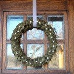 Felt Mistletoe Wreath