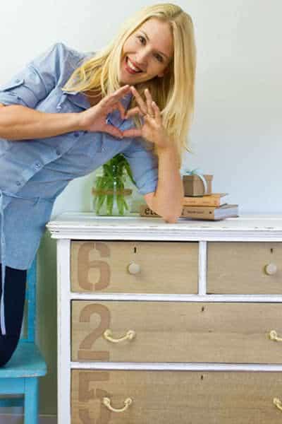 A_Dresser
