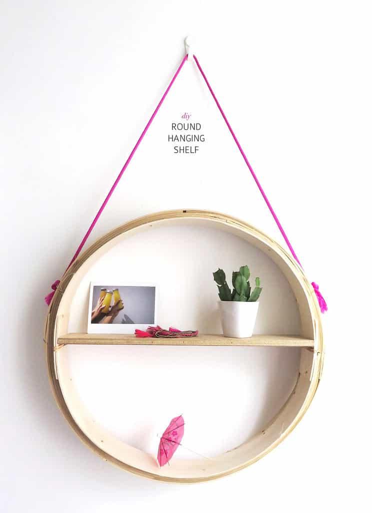 par and spare wall shelf