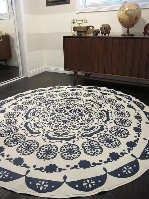 table cloth rug