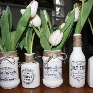 DIY Vintage Graphic Vases