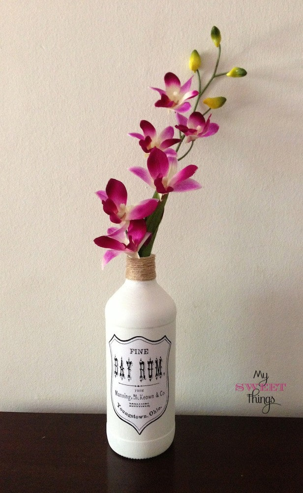 DIY Vintage Graphic Vases