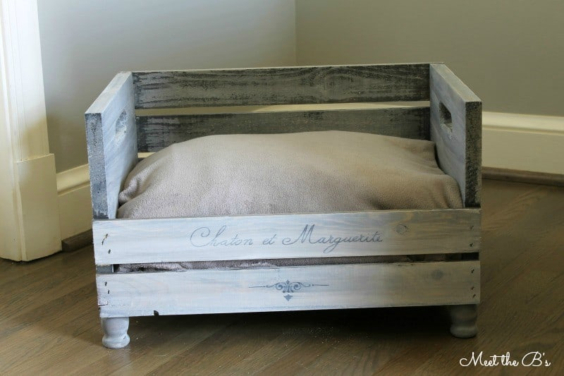 Functional and fashionable. That makes this crate pet bed a win!