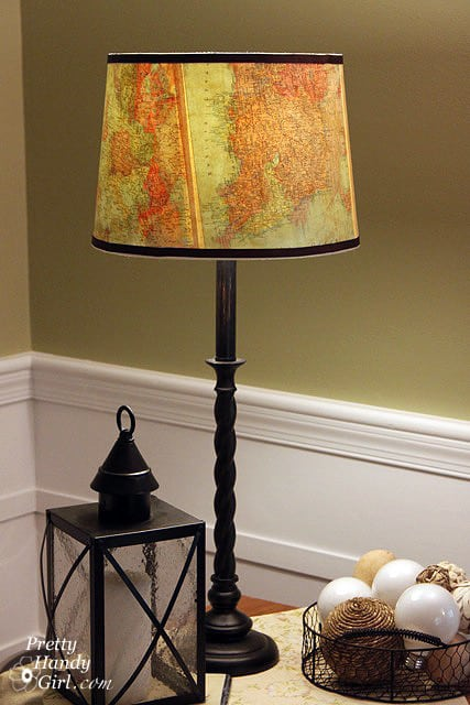 This lamp would suit any living room with it's classy design.