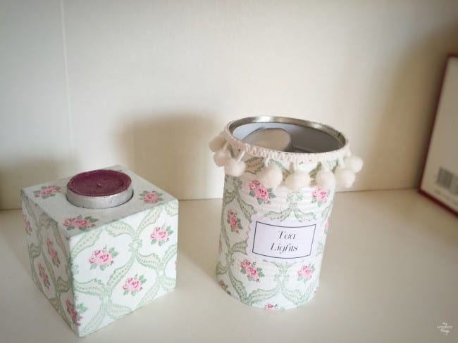Votive candle holder and tea lights holder