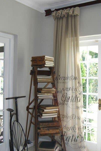 ladderbookshelf