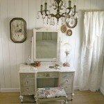 Vintage Chic Bedroom Vanity
