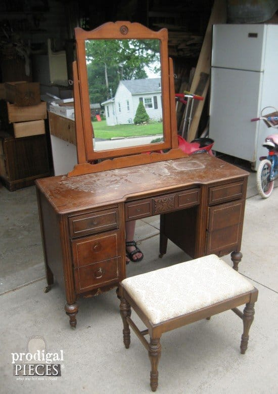 curbside-vanity-before-e1436943925796