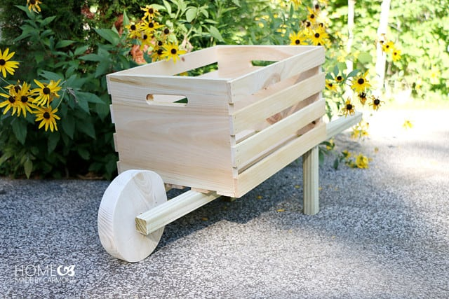 Make Your Own Rustic Display Wheelbarrow