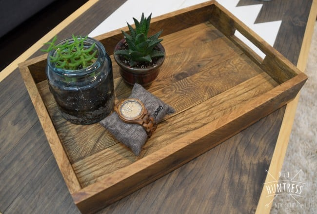 diy_huntress_reclaimed_wood_tray-6