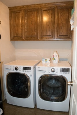 laundry-room-before-table