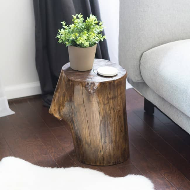 make-a-tree-stump-side-table-diy-final-1