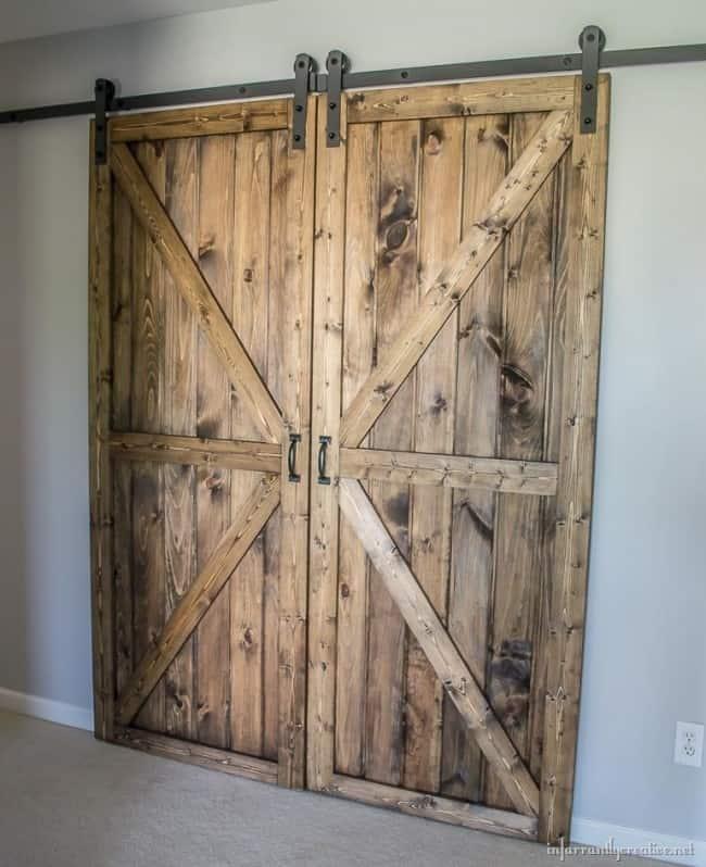 Building Sliding Barn Door Diy: Learn How To Make A Pair Of Rustic Barn Doors