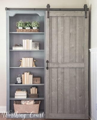 Rustic Farmhouse Bookshelf