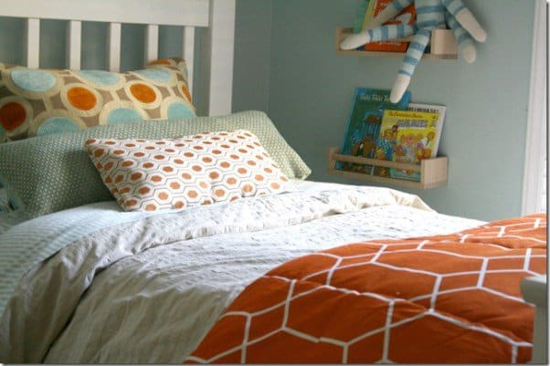 Pillows-Bed