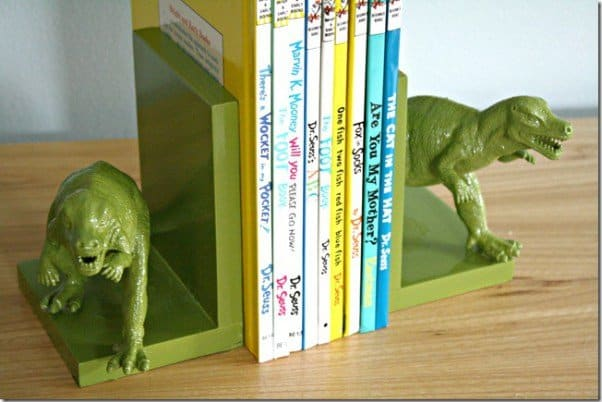 bookend-thumb-painted