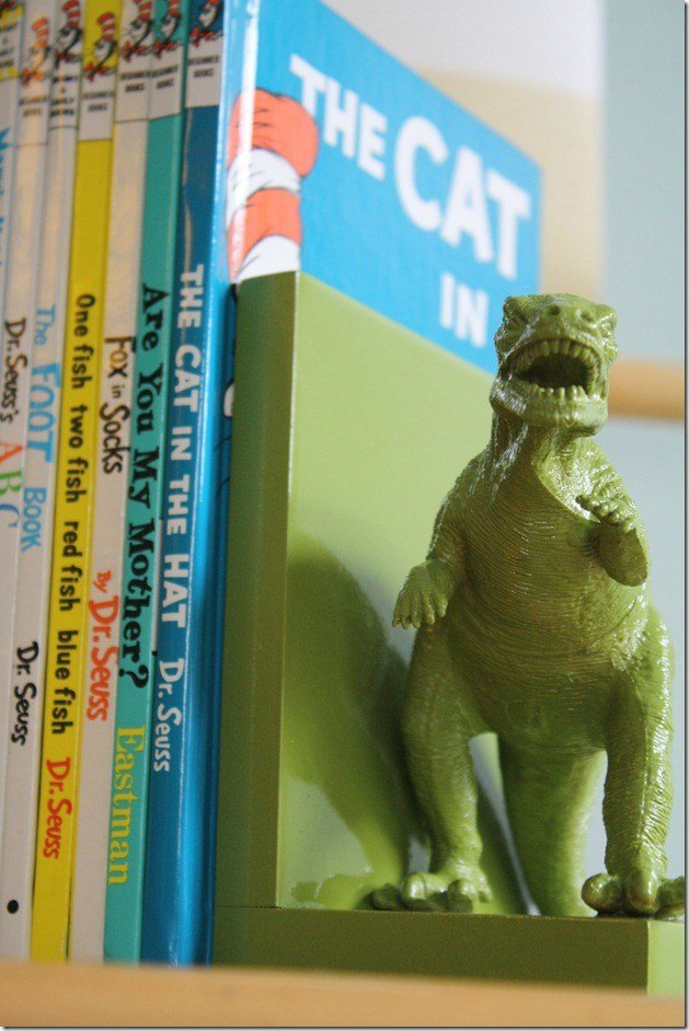 bookend-thumb-with-books