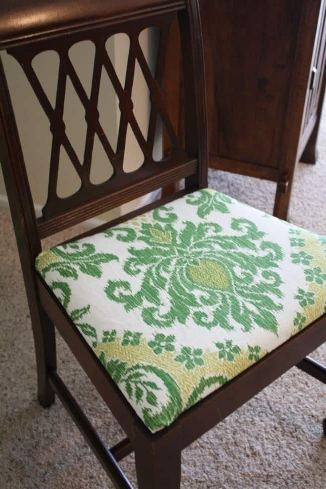 recovering-dinning-chair-fabric