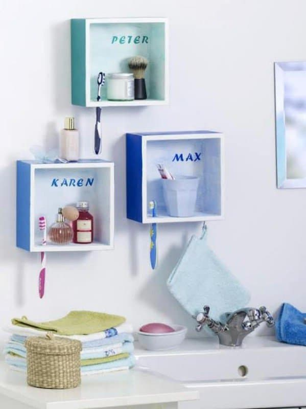 "DIY n Crafts, ""Bathroom Shelves"""