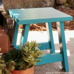 Cute DIY Outdoor Table