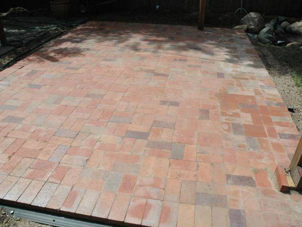 How to Lay Your Own Brick Patio Just Right - KnockOffDecor.com