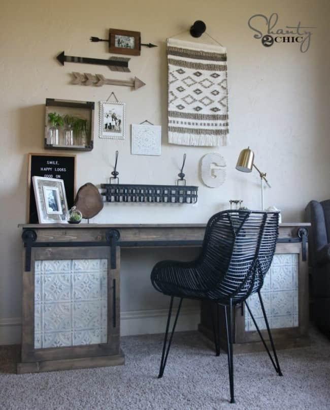 Sturdy Rustic Barn Door Desk Knockoffdecor Com