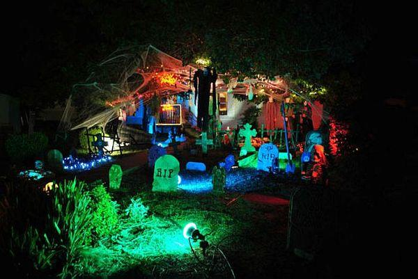 Clever Halloween lights