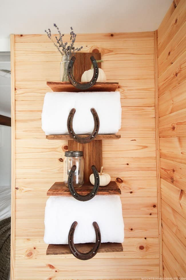 Rustic Decor Horseshoe Shelf Knockoffdecor Com