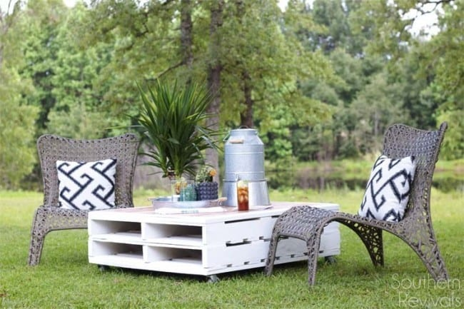 DIY-Pallet-Coffee-Table