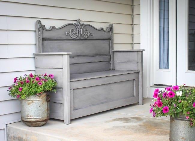 Peachy Repurpose An Old Headboard Into An Outdoor Storage Bench Inzonedesignstudio Interior Chair Design Inzonedesignstudiocom