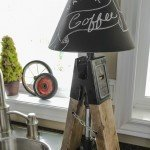 DIY Accent Lamps From Sawhorse Clamps