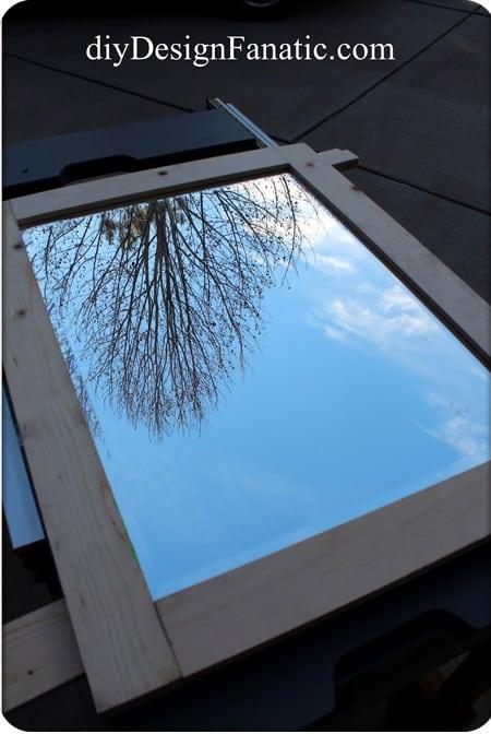 frame-mirror-cabinet