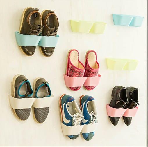 shoe-wall-straps