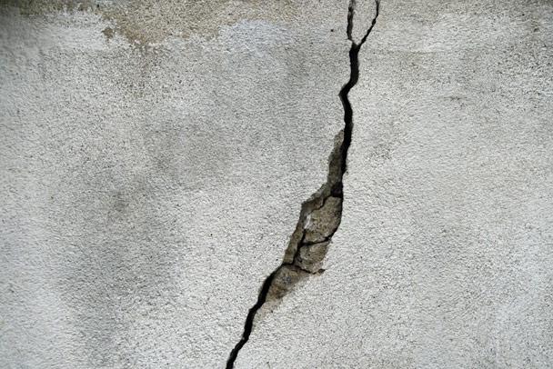 foundation-crack