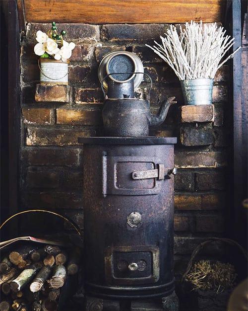 Vintage stove to add coziness