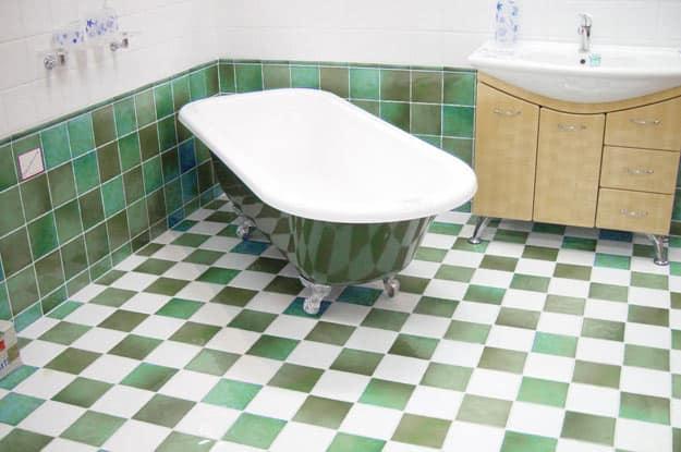 bath-floor-wall-tiles