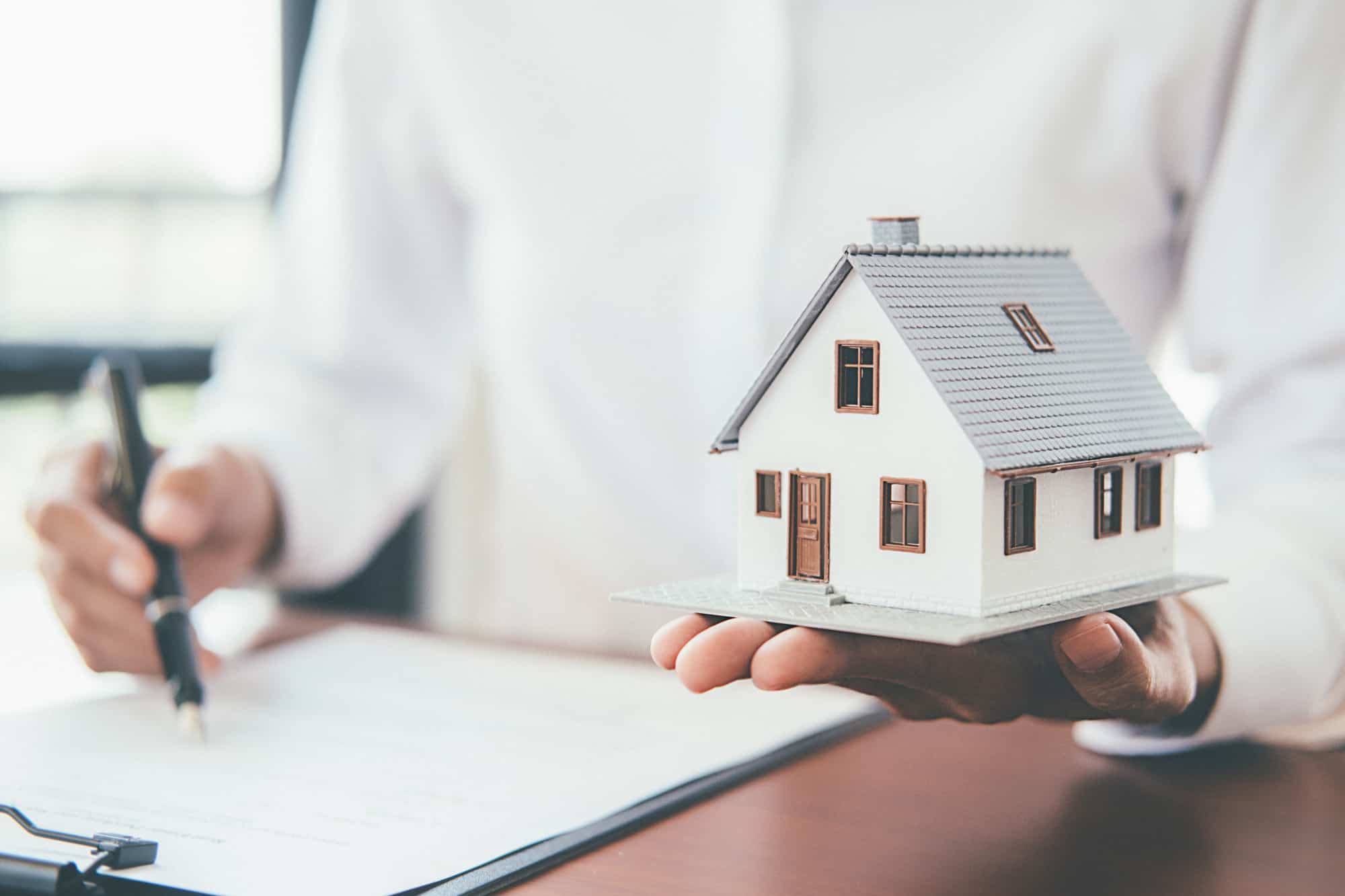 What Does Home Insurance Cover? A Layman's Guide ...