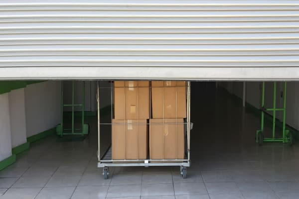 keeping things in a storage unit