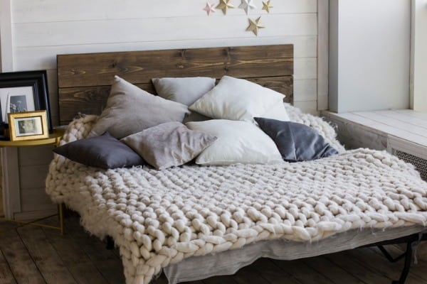 knitted bed sheet