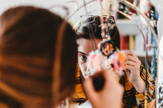 Using a makeup mirror