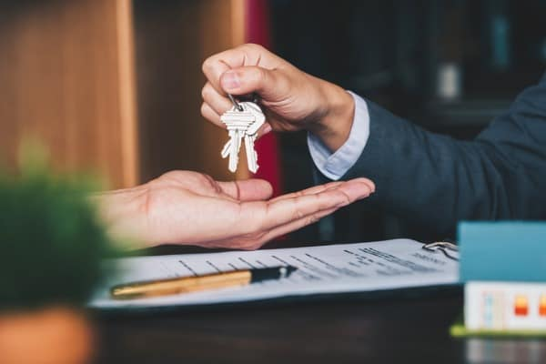 selling and buying new property