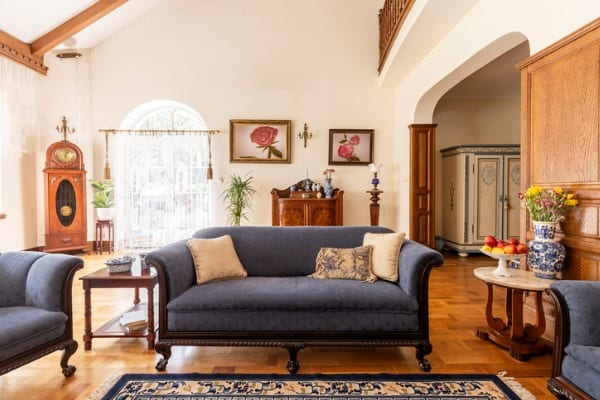 decors for old home interior