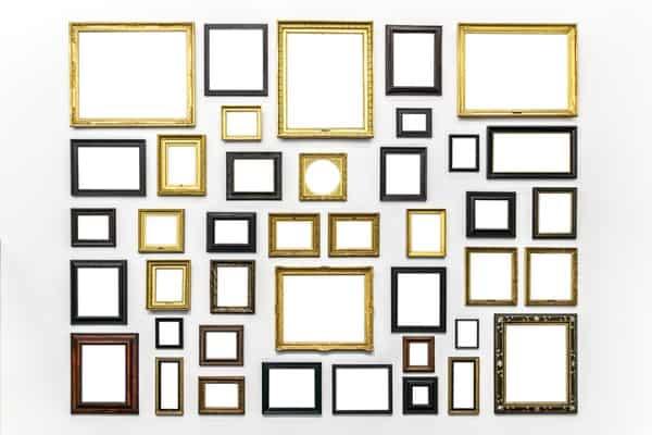 multiple frames decoring wall